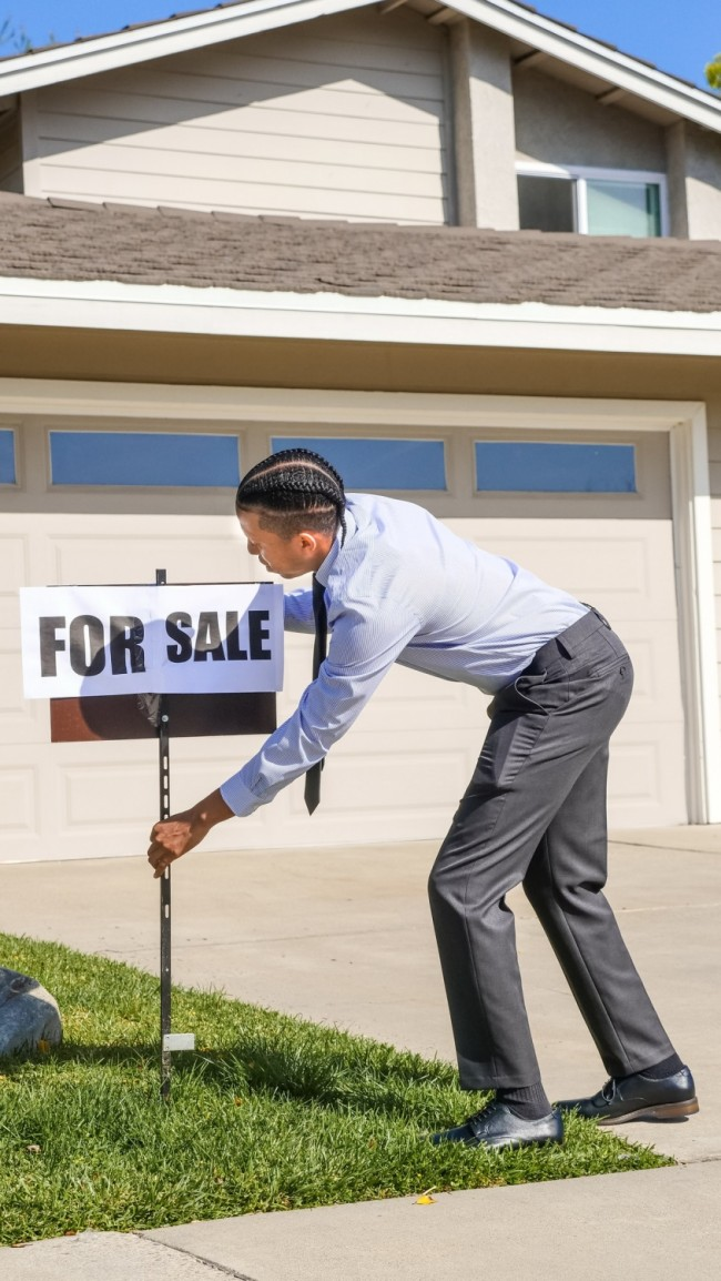 Before Selling Your House for Cash, You NEED to Read This!