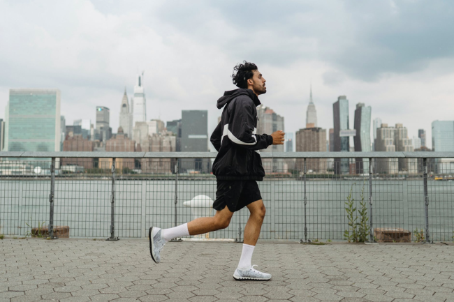 3 Best Compression Stockings For Running