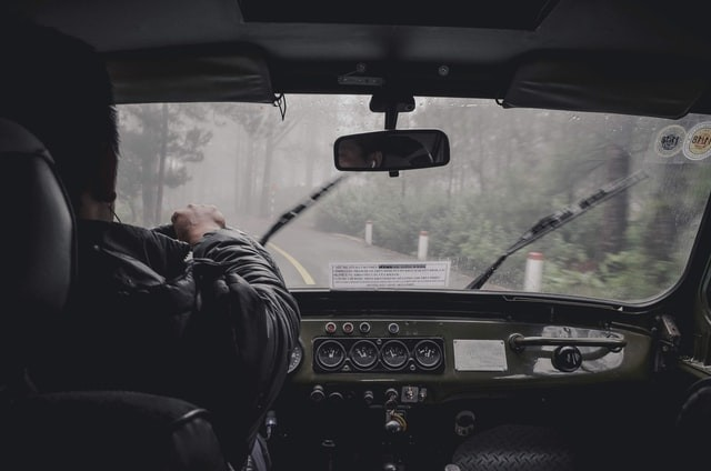 5 Safety Tips for Driving in the Rain